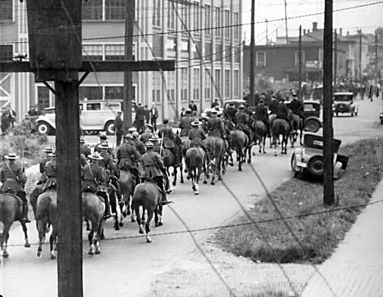 Mounted police, 18 June 1935