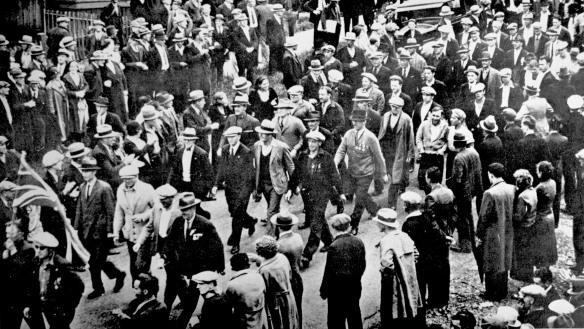 En route to Ballantyne Pier, 18 June 1935