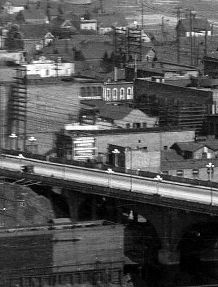 This is the only image I found of 102 East Georgia while the Lincoln Club was still operating. Detail from a WJ Moore panorama taken from the Sun Tower, June 1921. City of Vancouver Archives #PAN N221